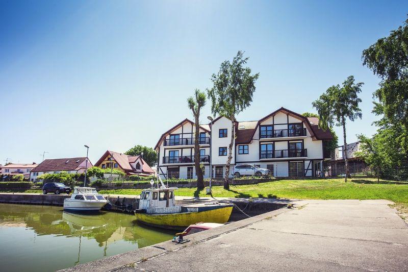 Nietypowy Okaz Apartamenty nad morzem na sprzedaż - Rowy. Nieruchomości nad Bałtykiem JW48